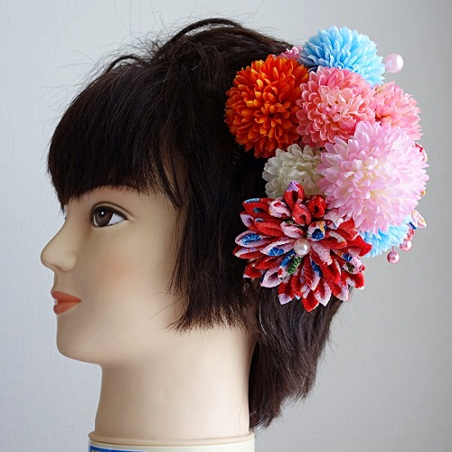 753髪飾り・色々な色のマムとつまみ細工で大人なデザイン