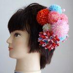 七五三髪飾り・色々な色のマムとつまみ細工で大人なデザイン